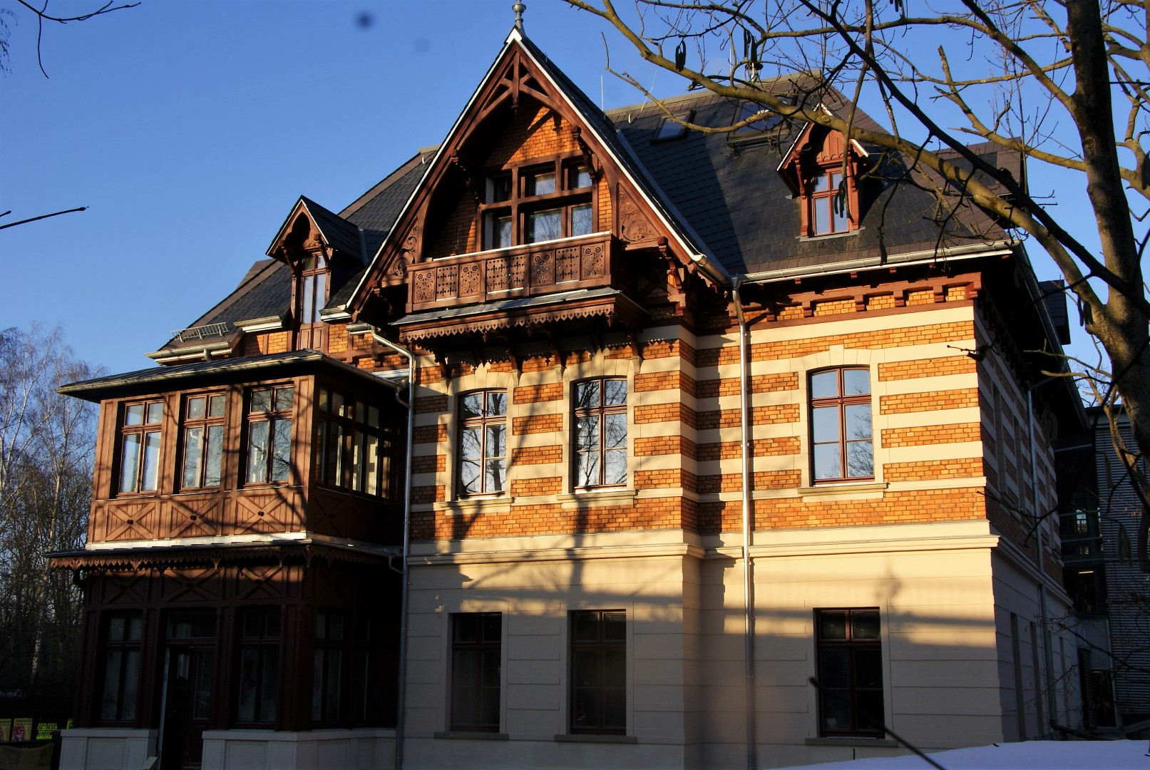 "Villa Melania ""Das Erste Haus"""